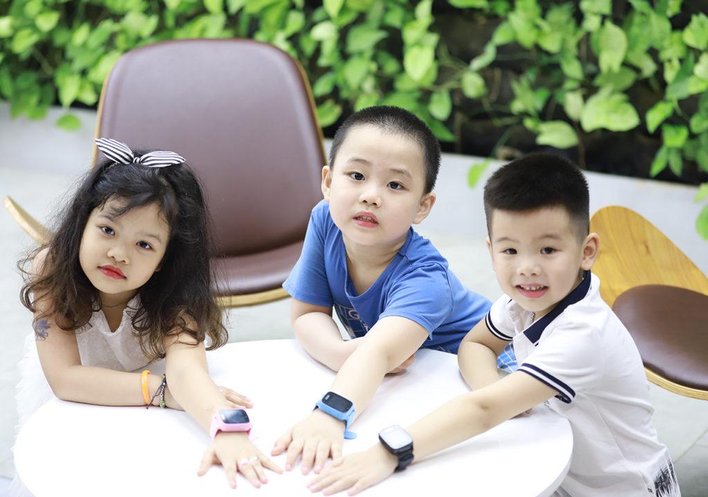 sản phẩm đồng hồ định vị trẻ em cao cấp Mykid Viettel